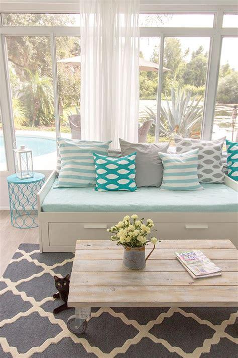 Sun House Decoration 25 Coastal And Inspired Sunroom Design Ideas Digsdigs