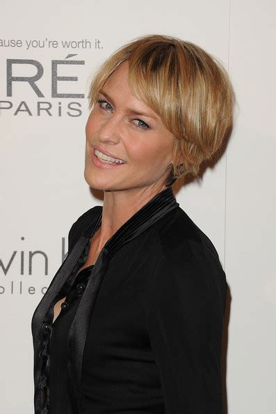 robin wright penns short hair more pics of robin wright layered razor cut 1 of 13