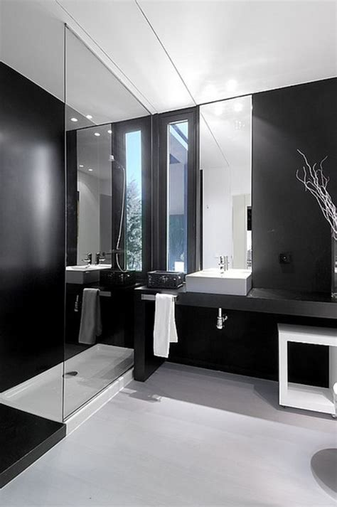 Faience Salle De Bain Noir Et Blanc by Relooker Une Salle De Bain 42 Id 233 Es En Photos