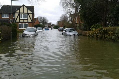thames river disaster severe flood warnings lifted along the river thames in