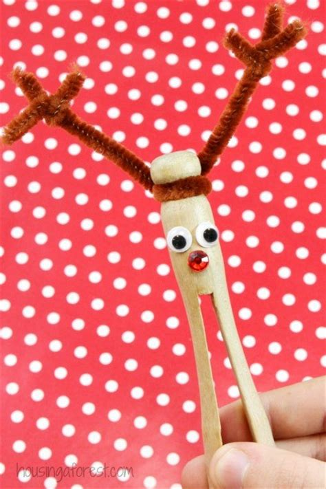 clothespin craft ideas for christmas clothespin reindeer ornament housing a forest
