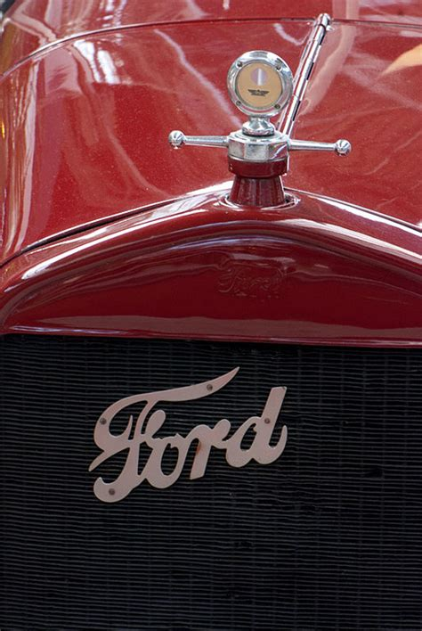 ford grill file ford grill 6212914795 jpg wikimedia commons