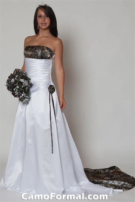 White Camo Wedding Dresses by Wedding Dresses Pictures 2012 2013 White Wedding Dresses
