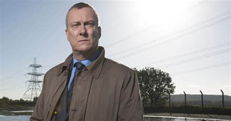 dci banks news stephen tompkinson dci banks is flying without a safety