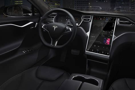 Driving A Tesla Who S To Blame For In Self Driving Tesla Model S