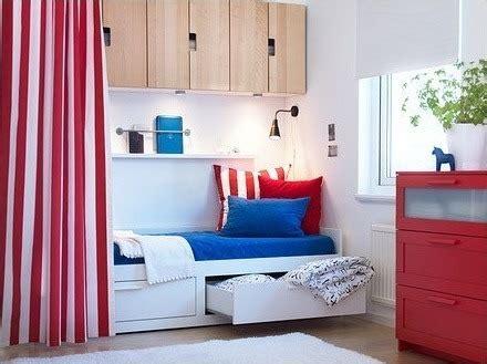 Agradable  Cama Divan Hemnes Ikea #4: Divan-ikea-brimnes1.jpg