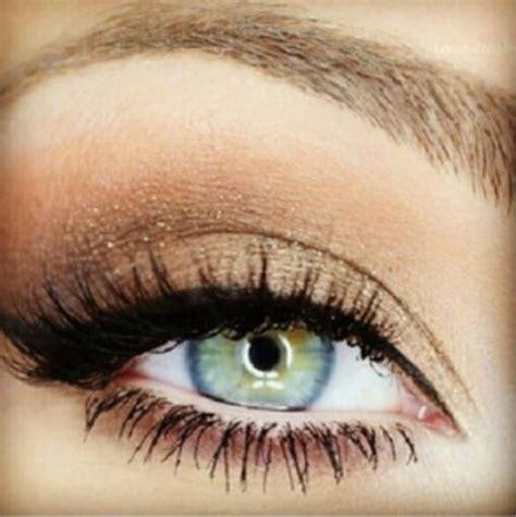 light smokey eye for green smokey eye for blue green eye up