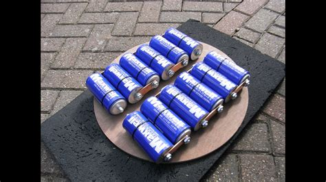 charge maxwell ultracapacitors supercapacitors