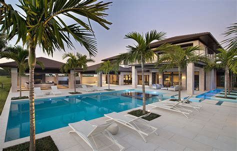 customdreamhouse com custom dream home in florida with elegant swimming pool