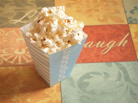 How To Make Popcorn Out Of Paper - how to make a popcorn box out of paper 28 images time