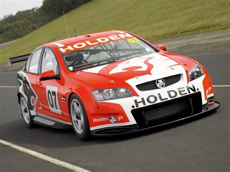 free size hrt ve commodore v8 supercar 2