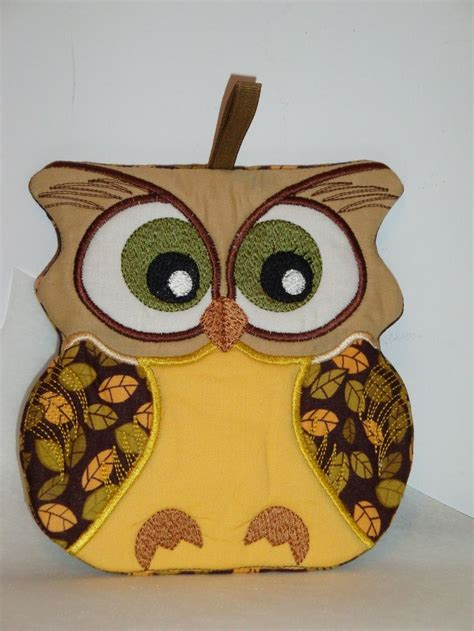 owl kitchen decor 48 best in the hoop embroidery owls images on