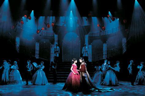 big name actors on broadway korean musical stars shine overseas the korea times