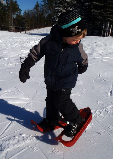kid snow shoes gear review best snowshoes for