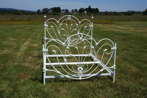White Wrought Iron Bed Frames Omg Shabby Cottage Chic White Wrought Iron By Shabbyeuropeanflair
