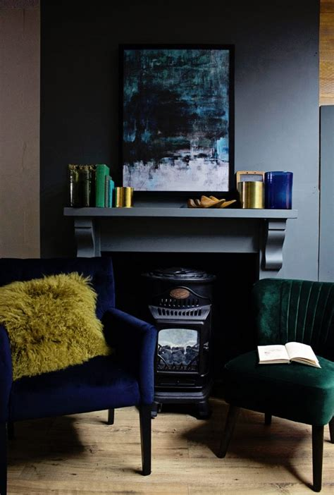 dark moody  cosy interiors