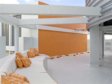 jennifer post designed apartment at the bath club miami bath club penthouse jennifer post