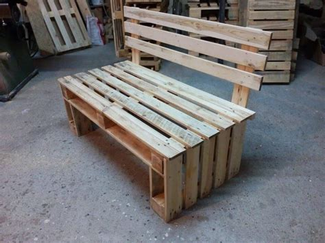 bench made of pallets pallet bench seating 99 pallets