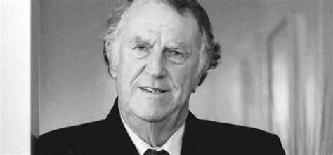 biography of edmund hillary ks2 sir edmund full bio hillary institute