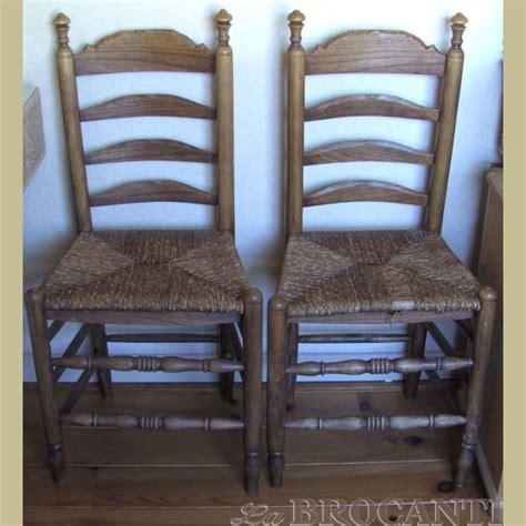 antieke stoel met biezen zitting 3 antieke stoelen met rieten zitting la brocanti