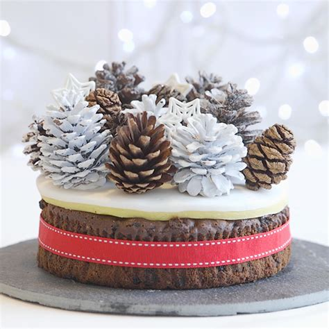 christmas cake decorating ideas woman and home