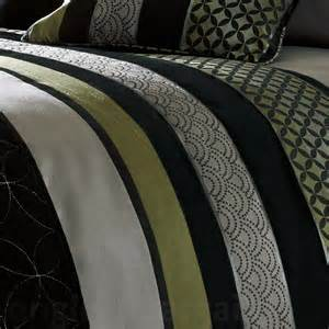 What Size Is A Double Duvet Cover In Cm Saturn Silver Black Green Embroidered Duvet Cover Uk
