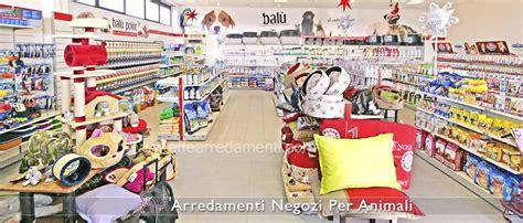 negozio animali porte di roma pareti in legno per negozi pareti divisorie in legno