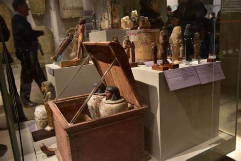 vasi canopi vasi canopi foto di museo egizio di torino torino