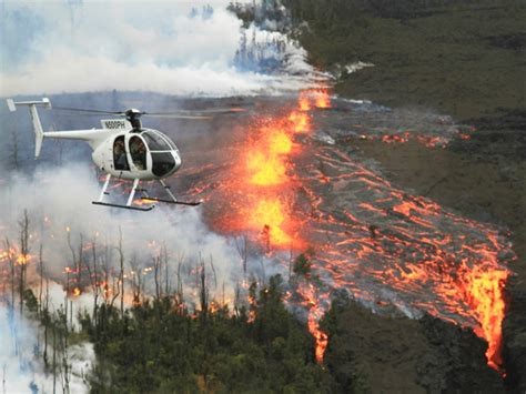 doors helicopter tour big island paradise helicopters doors lava rainforest