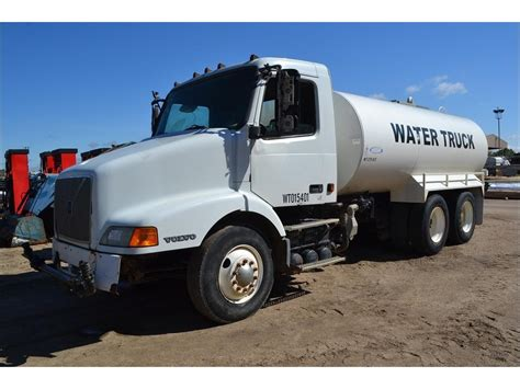 buy truck volvo volvo tank trucks for sale used trucks on buysellsearch
