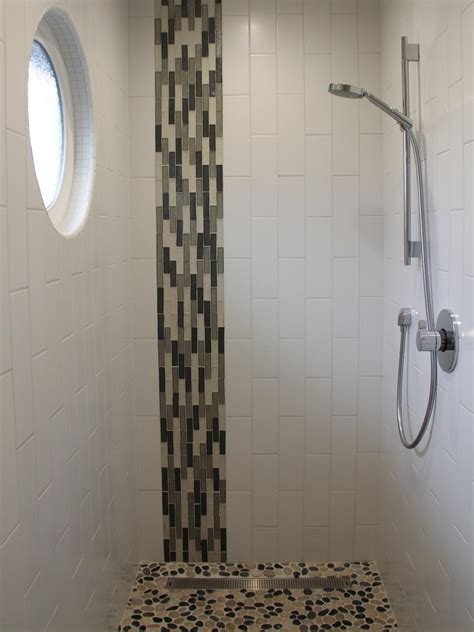 Glass Tile Bathroom Ideas by 30 Amazing Pictures Of Glass Tiles For Shower Walls