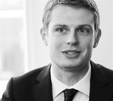 tom jackson barrister tom gibson succeeds in jackson themed case management