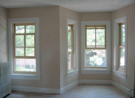 new windows for a house هذا النوع من النوافذ يكون حجمه صخير كما يأخذ شكل اطار