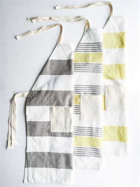 pattern for apron with towel 25 best ideas about towel apron on pinterest easy apron