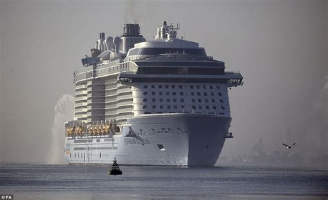 biggest cruise ships in the world in order giant royal caribbean ship damaged in extreme storm