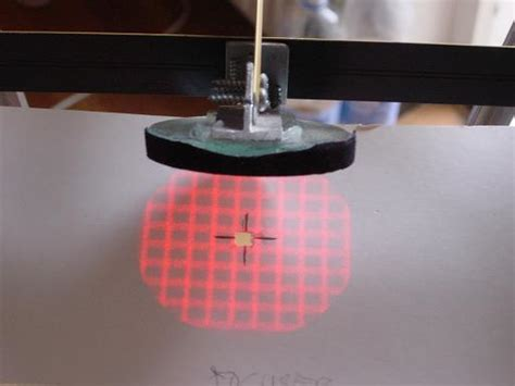 laser grid pattern generator collimating with a holographic laser