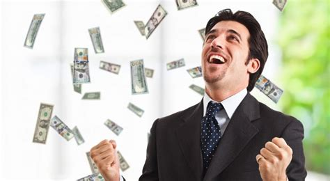 credito a personas con salario universal la felicidad laboral depende de un buen salario pero
