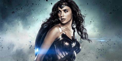 film gal gadot first wonder woman trailer released el broide