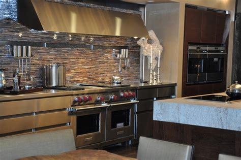 kitchen appliances: Wolf Kitchen Appliances