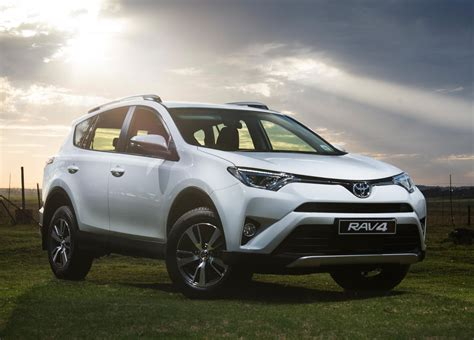 Facelifted Toyota RAV4 (2015) First Drive   Cars.co.za