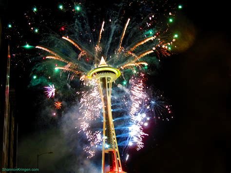 new years events in seattle file seattle new years fireworks 2011 9 jpg