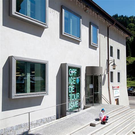 Office De Tourisme Sixt Fer à Cheval by Rehabilitation De L Ancienne Ecole En Office De Tourisme
