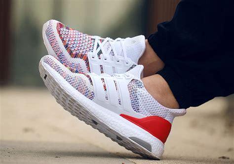 Sepatu Adidas Ultra Boost Rainbow White Multicolor Sneaker New 2017 adidas ultra boost multicolor bb3911 sneakernews