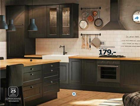 houten keuken met zwart blad 25 beste idee 235 n over zwarte keukenkastjes op pinterest