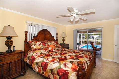 Paradise Tiki Hut Bar Cape Coral House Normandy Florida Vacation Rental Home Normanady