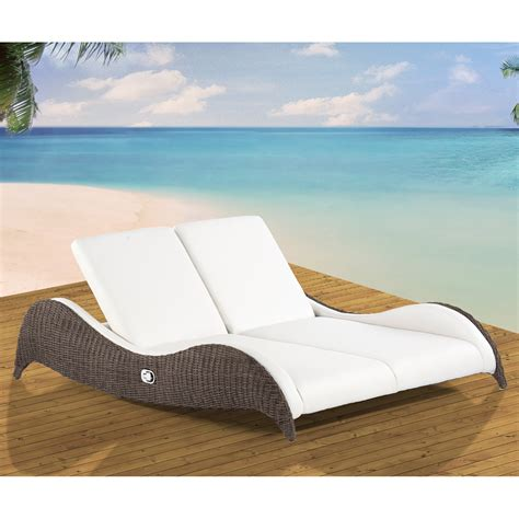 Pictures Of Chaise Lounge Chairs by Folding Chaise Lounge Chair Picture Wilson Home Ideas
