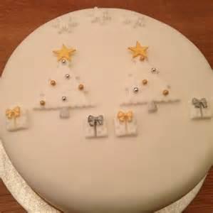 best 25 christmas cake designs ideas on pinterest