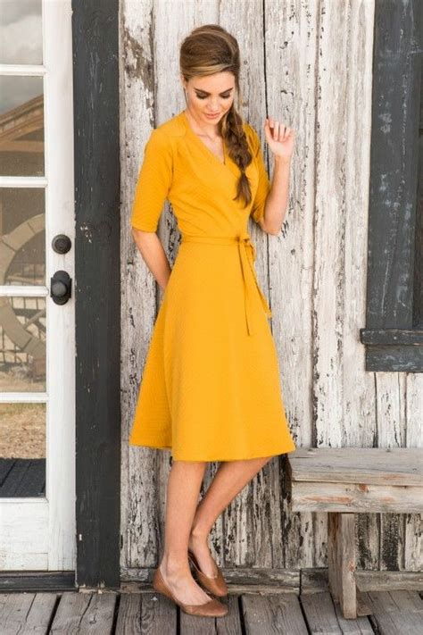 Pusat Grosir Baju Pineaplle Dress Pearly Crepe stylish yellow dresses for styling designers collection