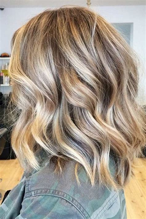 Cool Hairstyles For With Medium Hair by Best 25 Medium Hairstyles With Bangs Ideas On