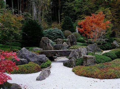 gardening rocks